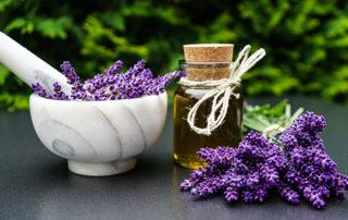 Aroma-Oel-Massage-Thaimassage-Wansabai-Castrop
